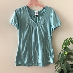 North Face - Cute t-shirt with plant print